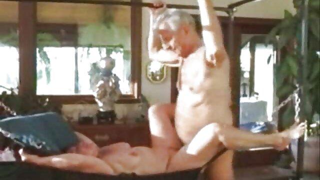 Pies violaciones hentai 2