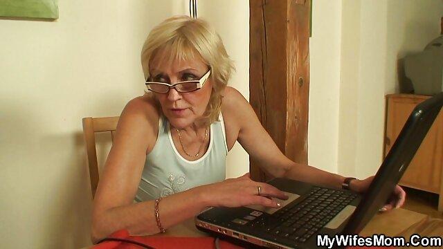 geny mujeres desnudas de naruto negro sm (1)