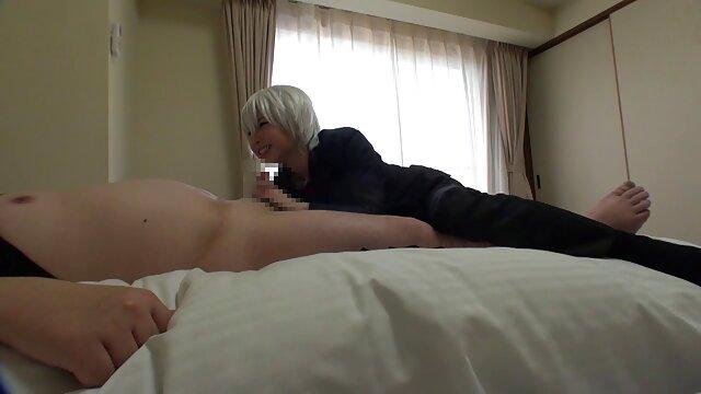 esposa follada por marido colgado hentai cortos
