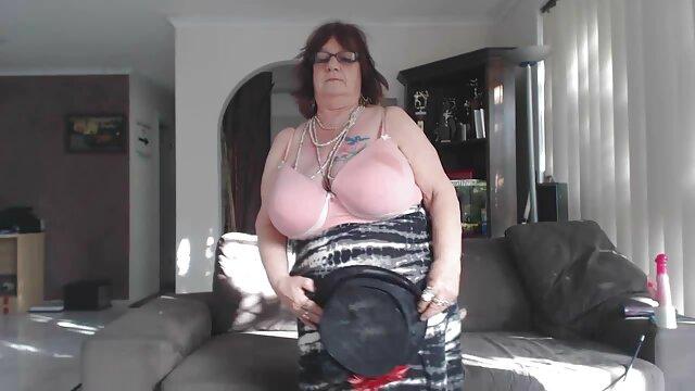 Morena muy sexy HairPlay, Cabello largo, Cabello comic de dragon ball z porno