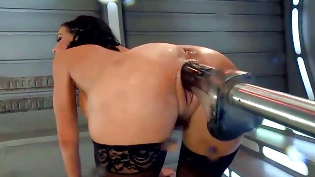 Jen hilton hentai tetas grandes duchándose