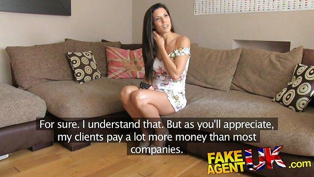Adolescente hace garganta profunda casa de los dibujos porno y lo toma anal