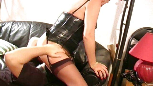 Jen Hilton - Sunny Side Up videos porno dibujos CD - Trajes